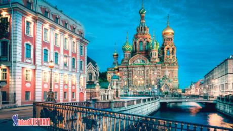Khám phá St.Petersburg yên bình.