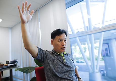 Ông Kwon cho biết Việt Nam đang là thị trường số một của khách Hàn Quốc. Ảnh: Nguyễn Đông.