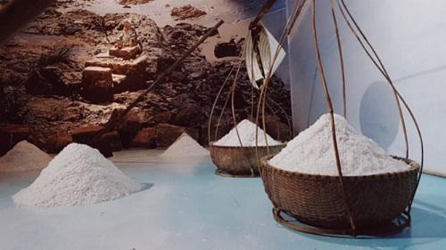 Với bảo tàng nước mắm Làng Chài Xưa, Phan Thiết không những có thêm sản phẩm du lịch thu hút du khách, mà còn góp phần quảng bá văn hóa truyền thống với nước mắm tĩn, loại nước mắm rin truyền thống Phan Thiết 300 năm lừng danh Việt Nam.