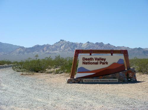 Vườn quốc gia Thung lũng Chết ở California.