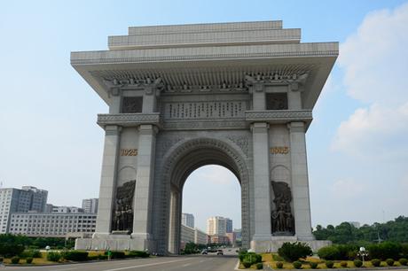 Khải Hoàn Môn Bình Nhưỡng.