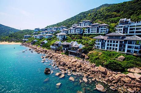 InterContinental Danang Sun Peninsula ResortInterContinental Danang Sun Peninsula Resort đã 4 lần liên tiếp đạt giải Khu nghỉ dưỡng sang trọng bậc nhất thế giới của World Travel Awards (WTA) từ năm 2014 đến 2017.