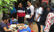 Quán bún 'chửi khách như hát' vẫn đông đúc ở Hà Nội