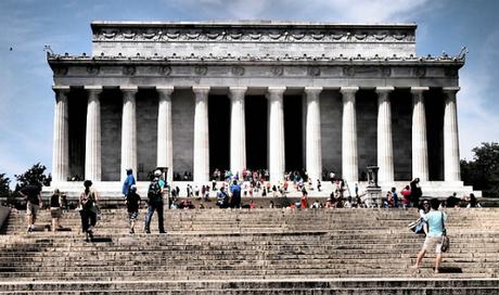 Hàng năm có 6 triệu lượt khách tới tham quan đài tưởng niệm Lincoln ở Washington. Ảnh: Pixabay.