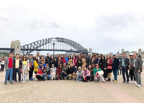 Đoàn khách TST tourist khám phá Australia. Ảnh: TST tourist.