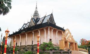 Ngôi chùa có kiến trúc Angkor ở Bạc Liêu