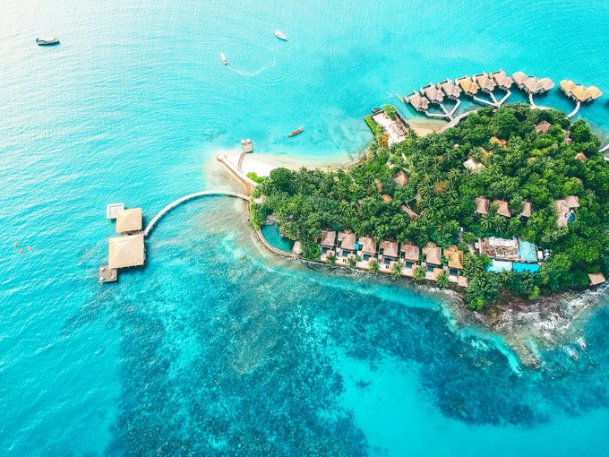 10 khách sạn độc đáo nằm giữa chốn không người