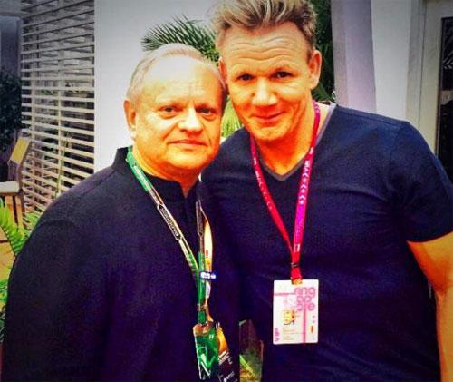 Robuchon và Gordon Ramsay vẫn có mối quan hệ tốt đẹp, dù ông từng rất nghiêm khắc với học trò của mình. Ành: Twitter.