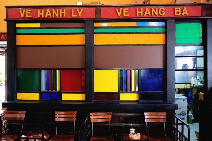 Quán cà phê trong ga xe lửa cổ nhất Đông Dương ở Đà Lạt