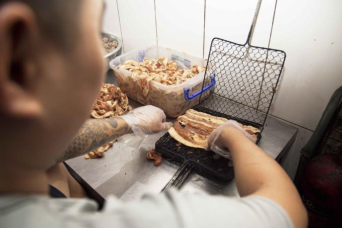 Quán bún chả Hà Nội lâu năm bậc nhất ở Sài Gòn