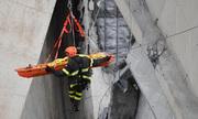 Thay đổi phút chót lấy mạng bốn chàng trai trong vụ sập cầu ở Italy