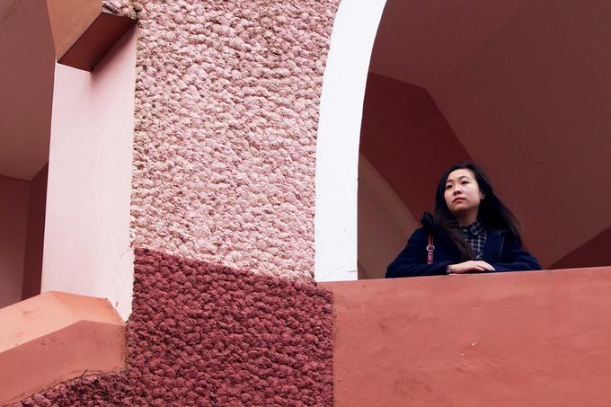 Nhà thờ trên đồi ở Đà Lạt hút khách nhờ màu hồng