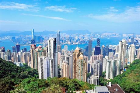 Chủ các tòa cao ốc ở Hong Kong thường thuê thầy phong thủy khi làm nhà. Ảnh: Travelbox.
