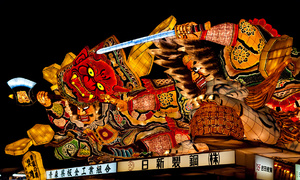 Những chiếc đèn lồng đáng sợ trong lễ hội Nebuta Nhật Bản