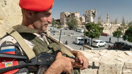 Ngày nay, Syria trở thành chiến trường của toàn thế giới, khi hiện diện ít nhất lực lượng quân đội của 34 quốc gia.