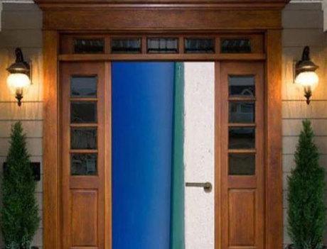 Nhiều người khẳng định đây là bức ảnh chụp cánh cửa và đưa ra bức ảnh hoàn chỉnh. Ảnh: News.
