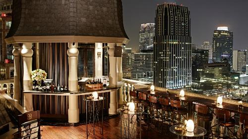 Đây là nơi lý tưởng để nhấm nhápmột chút rượu vang và ngắm nhìn thủ đô Bangkok từ trên cao. Ảnh: HM Bangkok.