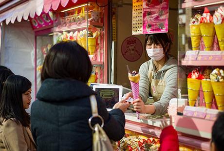 Phục vụ ở Nhật Bản luôn nhiệt tình, nhưng cũng rất ý tứ sợ làm phiền khách. Ảnh:Oyster Hotel Reviews.