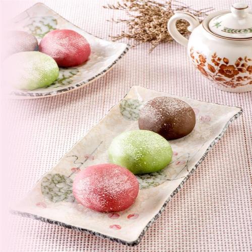 Lễ hội Otsukimi và bánh Tsukimi Dango Nhật Bản. Mỗi năm nước Nhật có hai hội thưởng trăng (theo Âm lịch). Một trong số đó chính là Zyuyoga, gắn với phong tục cổ truyền Otsukimi (có nghĩa là ngắm trăng vào ngày rằm giữa mùa thu). Đối với người dân đất nước mặt trời mọc, đây là lễ hội nhằm tôn vinh mặt trăng trong mùa thu, thời điểm trăng tròn nhất.