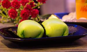 Bánh cuộn sầu riêng - món nhất định phải thử khi đến Indonesia