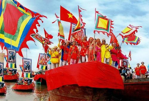 Lễ hội Côn Sơn - Kiếp Bạc vẫn giữ nhiều nghi lễ truyền thống, đang đậm dấu ấn dân tộc.