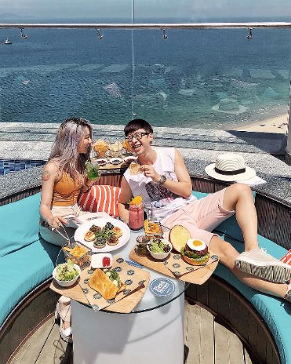 Các dịch vụ ẩm thực và giải trí của Four Points by Sheraton Đà Nẵng mang đến sự hài lòng tối đa cho khách hàng. Ảnh: Ninh Tito.