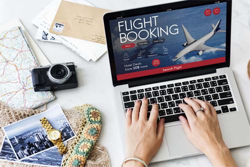 Một số ứng dụng sẽ cập nhật hàng ngày về giá chuyến bay bạn dự định đi. Ảnh: Bacancytechnology.