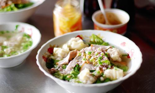 Tiệm mì gốc Hoa 38 năm ở ngoại ô Sài Gòn