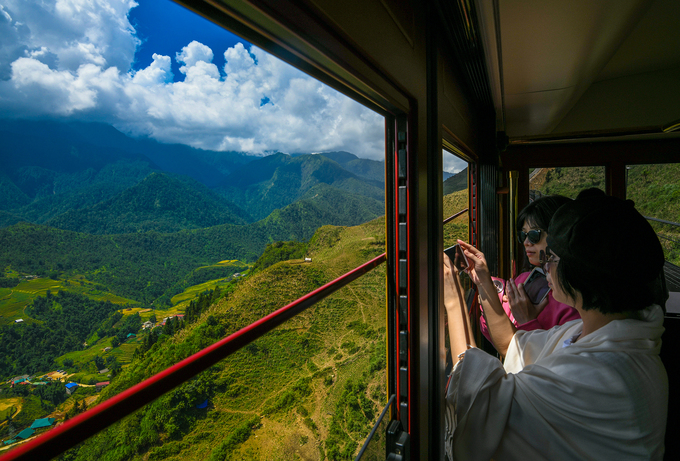 Đi tàu leo núi ngắm cảnh Sa Pa với 50.000 đồng