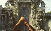 Bali cấm khách mặc bikini ở khu vực linh thiêng