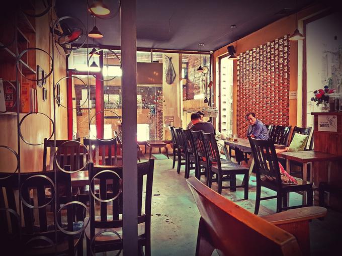 Không gian Huế trong quán cà phê của cặp vợ chồng gốc Bắc