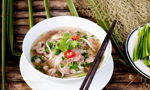 Phở truyền thống của người Việt trên trang ẩm thực nước ngoài