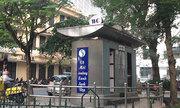 Khách Tây đánh giá nhà vệ sinh công cộng ở Hà Nội