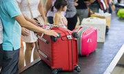 Tôi có thể gửi 2 vali loại vừa khi đi máy bay hay không?