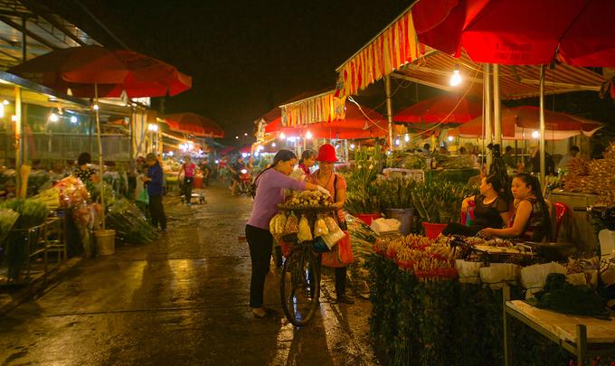 10 chốn ăn chơi để tận hưởng trọn vẹn đêm Hà Nội