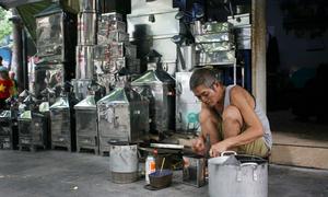 Hàng Thiếc - con phố hàng trăm năm vẫn không thay đổi ở Hà Nội