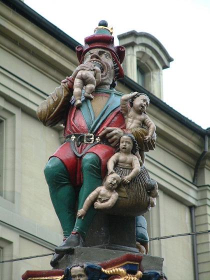Bức tượng đáng sợ Kindlifresser ở Thụy Sĩ. Ảnh: Pinterest.