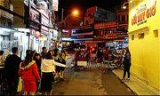 Du khách chen chân chụp ảnh tại các điểm nổi tiếng Đà Lạt