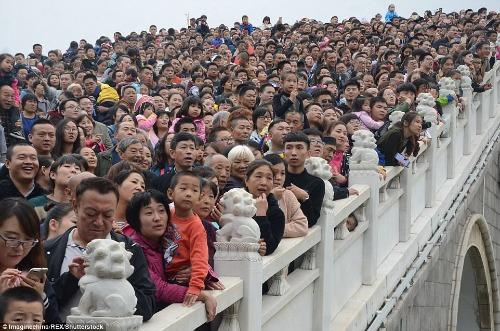 Trung Quốccó lượng khách quốc tế chủ yếu là người Anh và Đức, lên đến 260 triệu chuyến du lịch tính đến năm 2030. Ảnh:Imagine China.