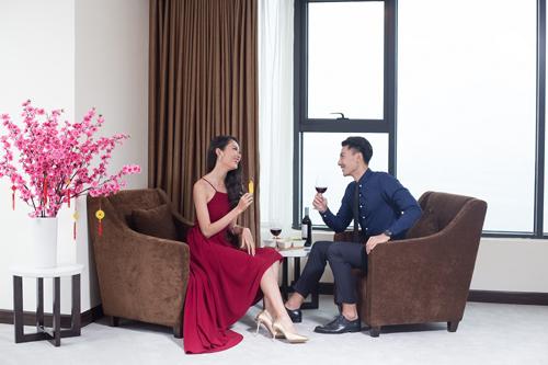 Mường Thanh Hospitality  Phân khúc khách sạn đa dạng, mức giá hợp lýSau khi tái nhận diện thương hiệu với 4 phân khúc: Luxury, Grand, Holiday và Mường Thanh; Mường Thanh mang đến hình ảnh và dịch vụ tiện ích, gần gũi hơn, cho khách hàng thoải mái lựa chọn.Mường Thanh luxury là phân khúc khách sạn sang trọng nhất, tọa lạc ở các trung tâm thành phố lớn và khu du lịch nổi tiếng của Việt Nam. Phòng khách sạn được trang bị đầy đủ tiện nghi, có thiết kế sang trọng.