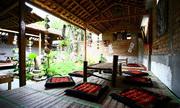 Có quán cà phê nào ở Sài Gòn khách có thể nằm không?