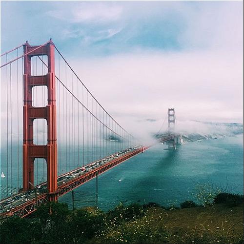 Cầu Golden Gate thu hút khách du lịch tại San Francisco. Ảnh: Pinterest.