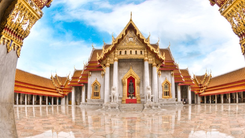 Chùa Cẩm Thạch ở Thái.