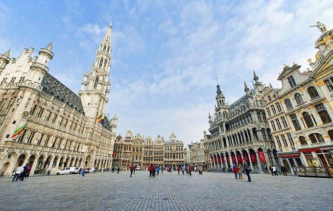 Kết quả hình ảnh cho Trung tâm phố cổ Brussels: