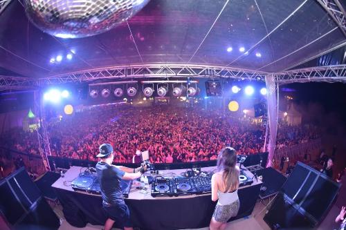 Chào tạm biệt năm 2018 với nhịp điệu sôi động, âm nhạc đỉnh cao từ những DJ tên tuổi trong nước và quốc tế, bữa tiệc Siloso sẽ mang đến những trải nghiệm khó quên cho du khách.