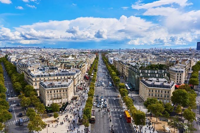 Dai-lo-Champs-Elysee