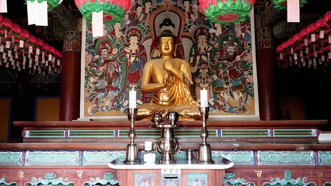Ngôi chùa xây bằng đá hơn 1.000 năm tuổi ở Hàn Quốc