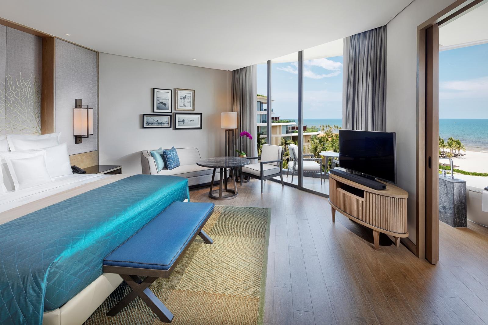 Ocean-View-Room-2620-1543836939.jpg