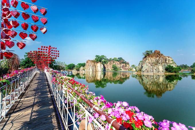 5 điểm vui chơi sát Sài Gòn đi về trong ngày Tết Dương lịch