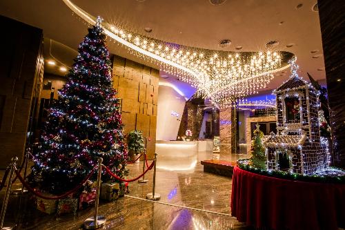 Đêm tiệc Giáng sinh ấm áp tại khách sạn Boton Blue - ảnh 3